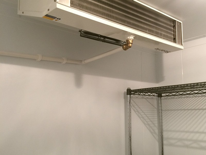 Commercial catering cooling unit