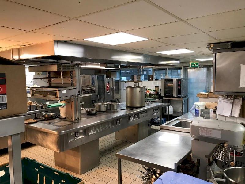 kitchen servicing